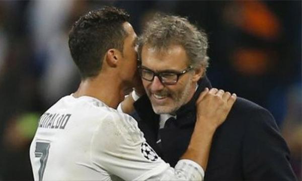 """Ronaldo được cho là nói thầm với Laurent Blanc rằng """"Tôi muốn chơi cho ông từ mùa sau""""."""
