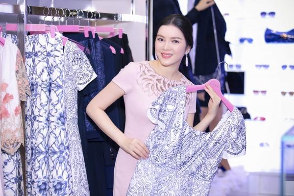 Ly Nha Ky (9)