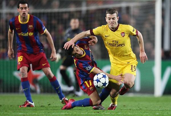 Arsenal cần đối mặt với Barcelona với một tinh thần không sợ hãi.