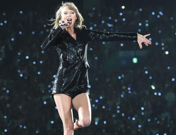 Niềm vui của Taylor là nghe tiếng khán giả cổ vũ trong mỗi show diễn.