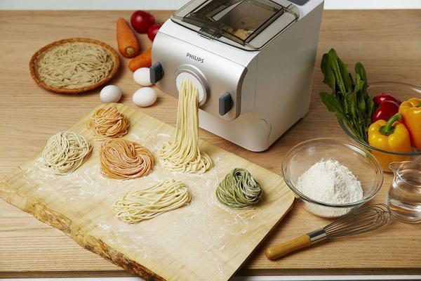 Máy tạo mỳ spaghetti tiện lợi hơn bao giờ hết.