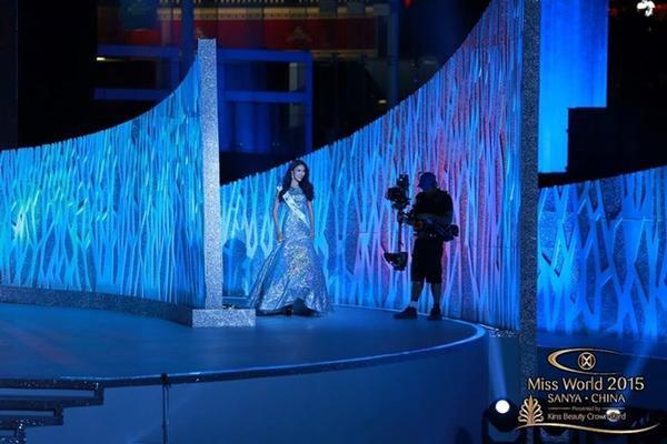 Sau khi những người dẫn chương trình công bố xong top 10, đại diện của Việt Nam bất ngờ được xướng tên với danh hiệu Hoa hậu được yêu thích nhất, qua đó nhận chiếc vé thứ 11 vào vòng trong. Mặc dù trượt top 5 song thành tích của Lan Khuê đã tạo ra cột mốc mới cho lịch sử nhan sắc Việt, bởi danh hiệu cao nhất mà nước ta đoạt được tại đấu trường Miss World trước đây chỉ là top 15 - hoa hậu Nguyễn Thị Huyền dự thi năm 2004.