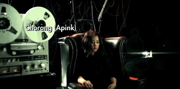 """Tháng 2/2011, nhóm Beast tung ra phiên bản Nhật của MV ca khúc Shock thu hút sự chú ý đông đảo của người hâm mộ xứ hoa anh đào ở 5 thành phố lớn. Nội dung phiên bản Nhật khá giống với bản gốc tiếng Hàn nhưung chỉ có vài thay đổi nhỏ. Ở đoạn cuối của MV là cảnh một cô gái bí ẩn ngồi trên ghế cùng với dòng chữ chú thích """"Sắp ra mắt"""". Sau đó, cô gái này được tiết lộ chính là thành viên Chorong của nhóm A Pink ra mắt sau đó 1 tháng."""