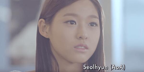 Hot girl của nhóm AOA Seolhyun từng khoe vẻ thuần khiết trong MV Severely của nhóm nhạc đàn anh cùng công ty F.T.Island phát hành vào đầu năm 2012. Vài tháng sau,  Seolhyun cùng AOA ra mắt nhưng chỉ gây chú ý trong 2 năm gần đây. Riêng Seolhyun được công ty chủ quản lăng xê nhiệt tình trong năm nay.
