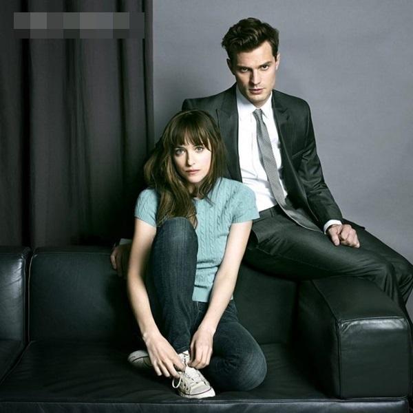 Bộ phim nhãn R Fifty Shades of Grey trở thành hiện tượng của làng điện ảnh 2015.