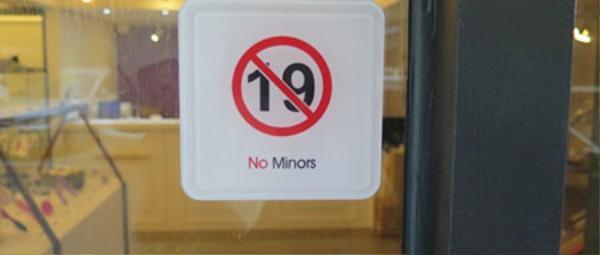 Tất nhiên, cửa hàng này không tiếp khách tuổi vị thành niên.