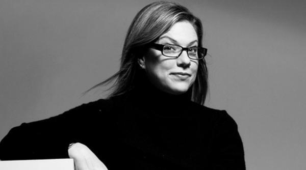 Debbie Millman - chuyên gia về thương hiệu.