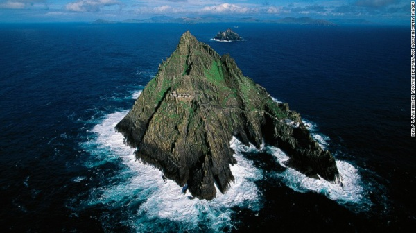 fall-travel-skelligs-exlarge-169