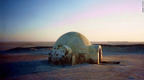 luke-skywalkers-igloo-exlarge-169