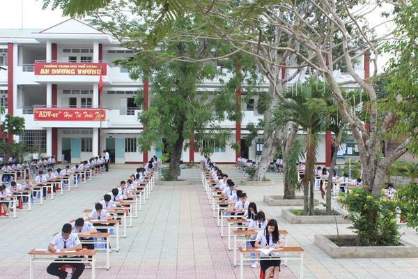 hocsinhtruongAnGiang (10)