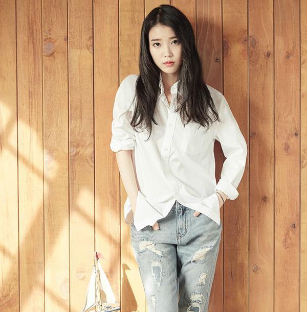 IU-nhan-gach-da-vi-duoc-moi-dong-moon-lovers-04