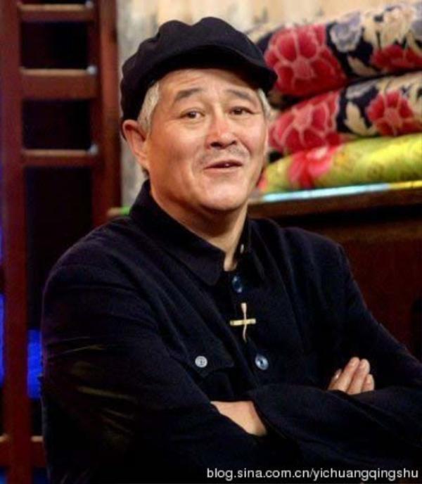 Triệu Bản Sơn ở tuổi lục tuần vẫn là ông hoàng truyền thông. Nghệ sĩ hài giữ chắc vị trí thứ 7.