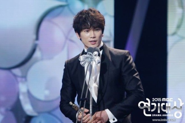 2015-mbc-drama-awards-01