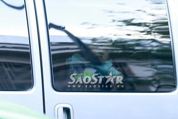 Những hình ảnh đầu tiên về con trai của Tăng Thanh Hà và Louis Nguyễn do Saostar.vn ghi lại được.