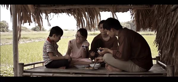 Những hình ảnh được trích từ Trailer phim ngắn Nhật ký cho ba của Phương Mỹ Chi.