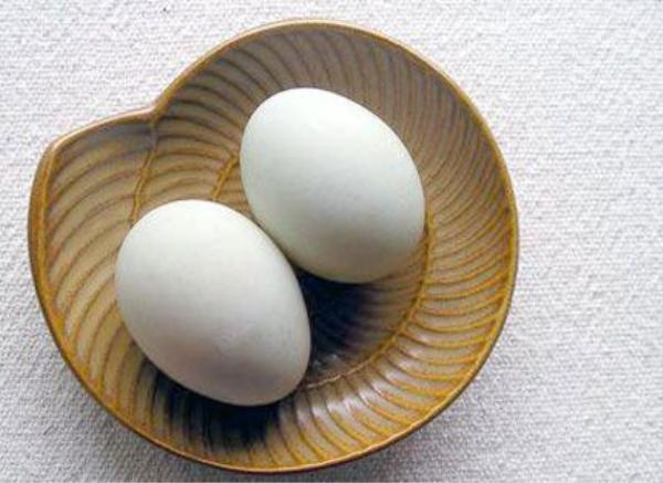 trứng 4