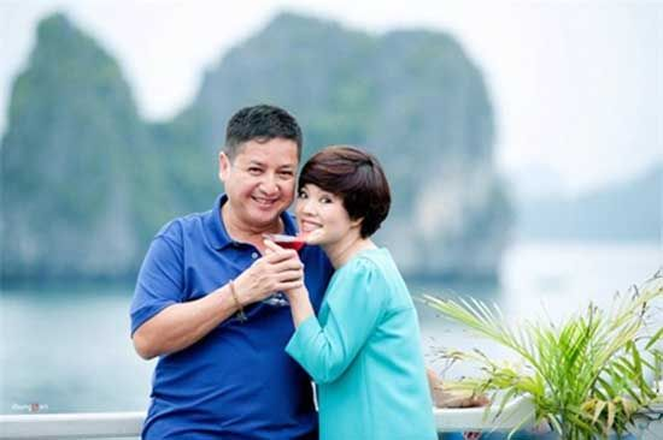 NSƯT Chí Trung và bà xã Ngọc Huyền có cuộc sống viên mãn sau 30 năm về chung một nhà.