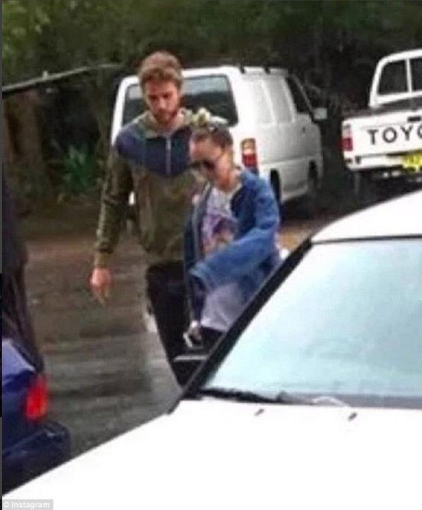 Nữ ca sĩ đón năm mới 2016 tại quê nhà bạn trai Liam ở Australia.