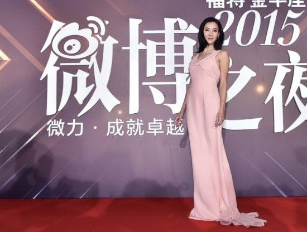 Nữ diễn viên 36 tuổi trẻ trung hơn nhiều so với tuổi thật.