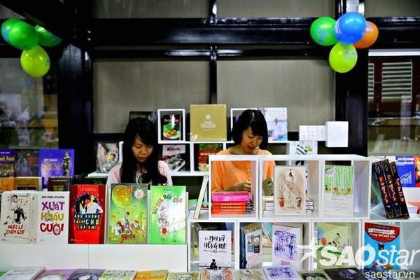 7.bookstoreinside (Copy) duongsach