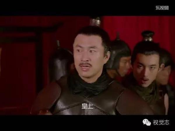 Dương Nghiêm phải đảm nhận hai vai trong phim để tiết kiệm ...kinh phí.