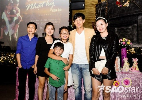 Gia đình lấy nước mắt khán giả trong MV Nhật ký cho ba.