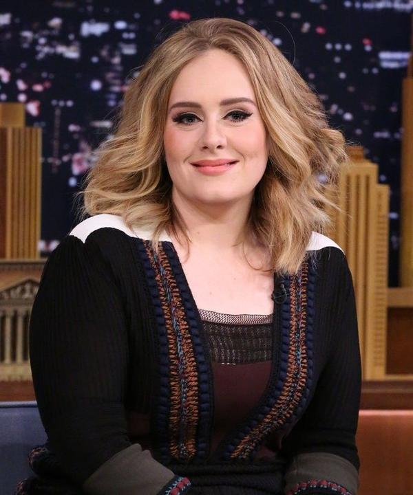 Sau âm nhạc, Adele muốn chinh phục lĩnh vực thời trang.