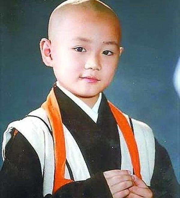 Vai diễn tiểu hòa thượng Khai Tâm lém lỉnh đưa tên tuổi của Tào Tuấn đến với khán giả.