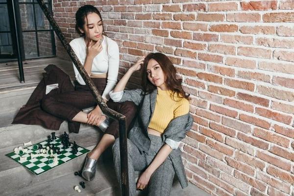 Đôi bạn thân Emily và Hạnh Sino.