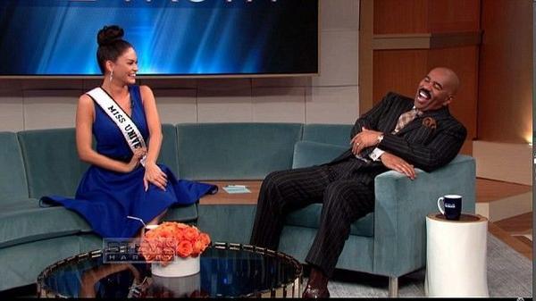 Cuộc trò chuyện của Steve với Hoa hậu Hoàn vũ thế giới Pia Alonzo Wurtzbach khá vui vẻ.