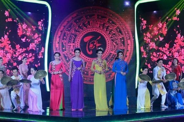 06 GIANG HONG NGOC - MINH THU - AI PHUONG - TIEU CHAU NHU QUYNH