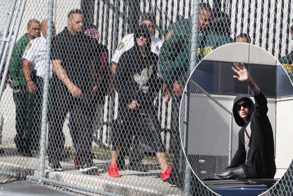 Khác với tâm trạng xấu hổ hoặc lặng lẽ của các đồng nghiệp, tháng 1/2014, Justin Bieber rời khỏi đồn cảnh sát Los Angeles trong tư thế như một người chiến thắng. Nam ca sĩ bị bắt vì lái xe trong tình trạng say rượu. Ra khỏi đồn, Justin leo lên nóc xe ô tô, vẫy chào người hâm mộ. Nam ca sĩ còn thừa nhận đã bắt chước cố ông hoàng nhạc pop Michael Jackson vẫy tay trong lúc rời tòa án năm 2004 sau khi được tuyên bố trắng án.