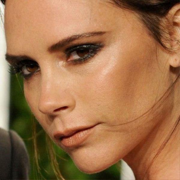 Victoria-Beckham-Her-Oscars-Makeup