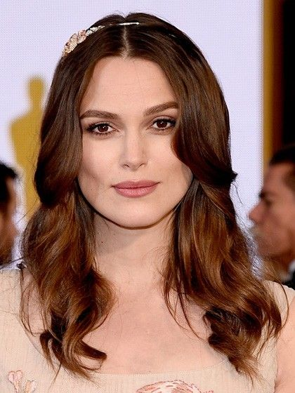 HOLLYWOOD, CA - FEBRUARY 22: Actress Keira Knightley attends the 87th Annual Academy Awards at Hollywood & Highland Center on February 22, 2015 in Hollywood, California. (Photo by Kevork Djansezian/Getty Images)