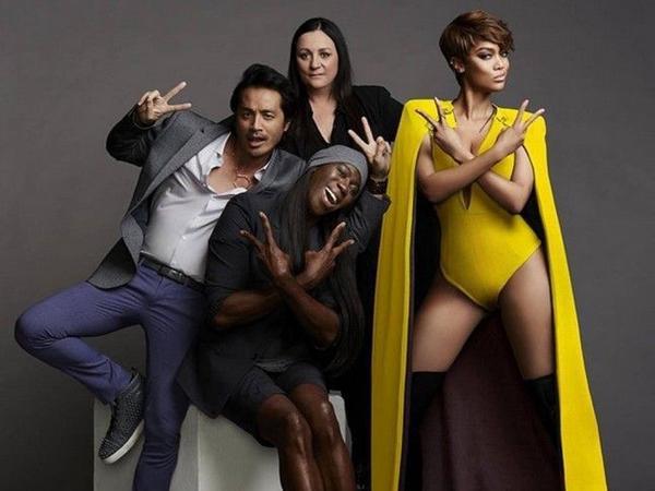 Tyra Banks và các cộng sự của Next Top Model.