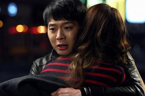 Hoang-tu-nuoc-mat-han-09