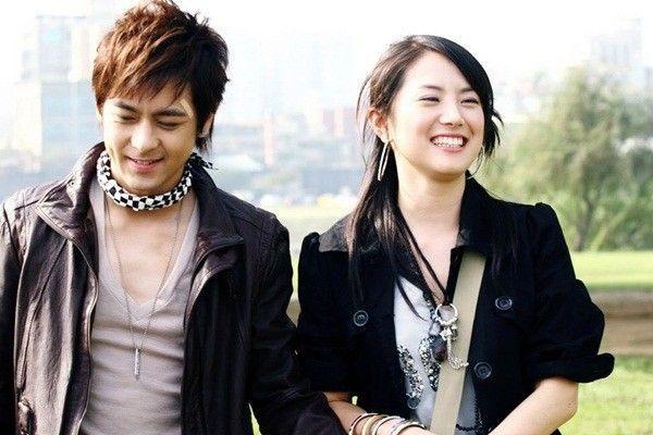4 - Thoi hoang kim phim Dai - Soi day chuyen dinh menh (3)