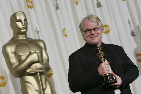 "Actor Philip Seymour Hoffman, posing with his Oscar for Best Actor in the film ""Capote"" during the 2006 Academy Awards, has died. He was 46. (Michael Goulding/Orange County Register/MCT)"