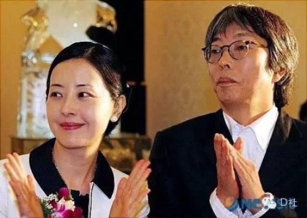 Seo Jung Hee và chồng thời còn còn là cặp đôi hoàn hảo trước ống kính.