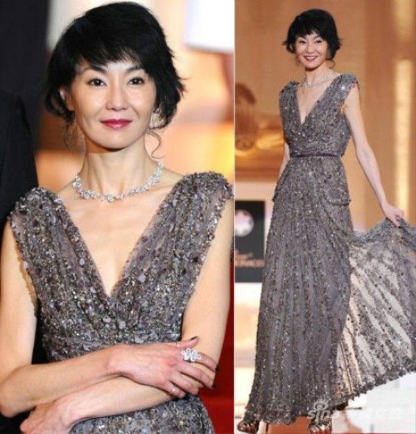 """Là một trong """"tứ đại mỹ nhân"""" của điện ảnh Hoa ngữ thập niên 1980 - 1990 nhưng Trương Mạn Ngọc cũng là một người có vòng ngực khiêm tốn."""