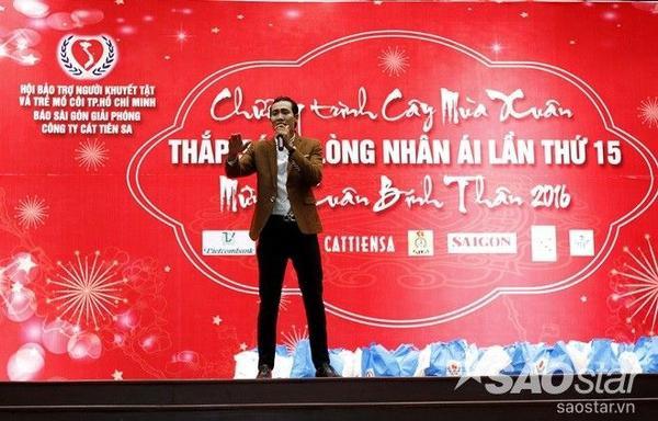 Thí sinh Hoàng Thuận cũng để lại nhiều ấn tượng cho khán giả nhờ giọng hát ngọt như mía lùi.