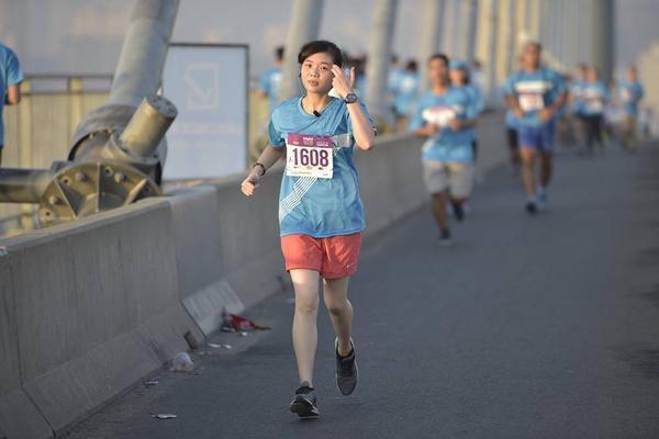 Tang Thanh Ha (25)