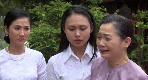 Sự biến chuyển trong thái độ của gia đình Thế Khải đối với Trinh Trinh cũng được hai diễn viên Hoàng Trinh, Thiên Thanh diễn khá ngọt.