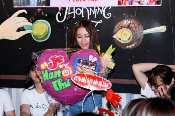 Nam Thu (2)