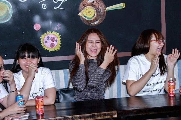 Nam Thu (24)