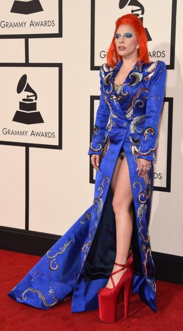 Lady Gaga với phong cách quái dị nhưng rất ấn tượng