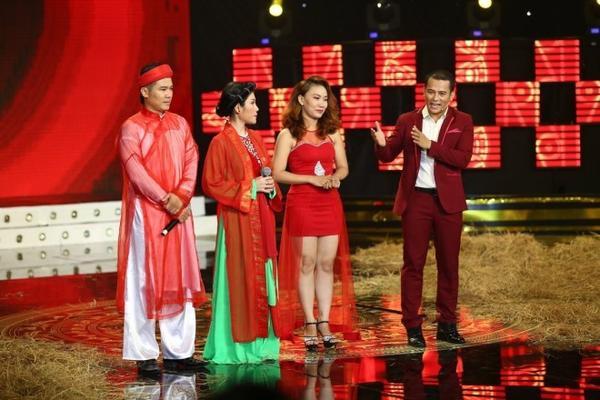 7.Doi cua Van Quang Long - Uyen Trang - Phan Phuc Thang - Ngoc Xuan (2)