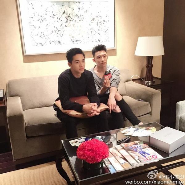 Sau bộ phim Hoàng Cảnh Du và Hứa Ngụy Châu đã trở thành những người bạn thân thiết.