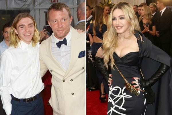 Cậu con trai Rocco nay đã lớn và chọn ở với cha thay vì người mẹ 'nữ hoàng' Madonna.