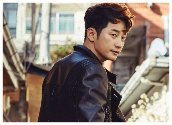 Park Shi Hoo trong phim mới Neighborhood Hero.